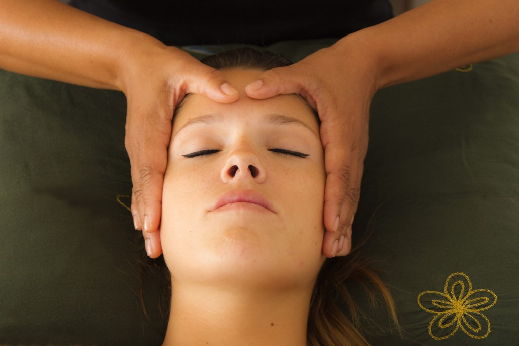Shiatisu facial massage